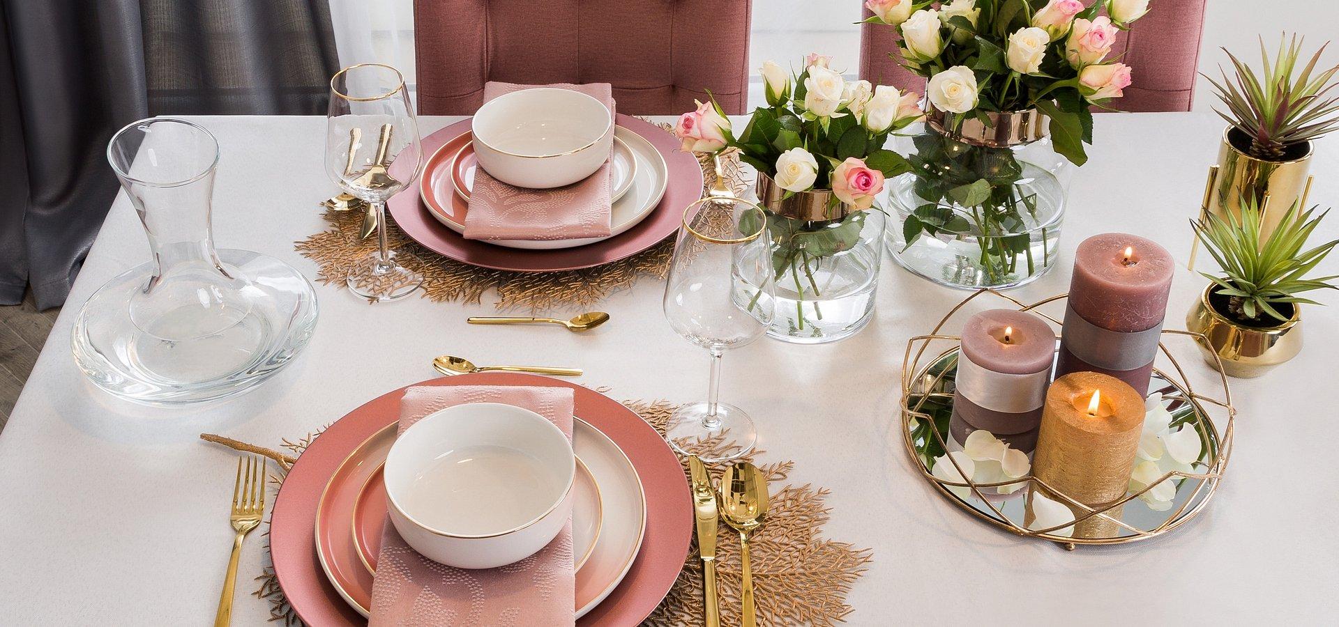 Romantyczna kolacja walentynkowa: jak ją zorganizować?