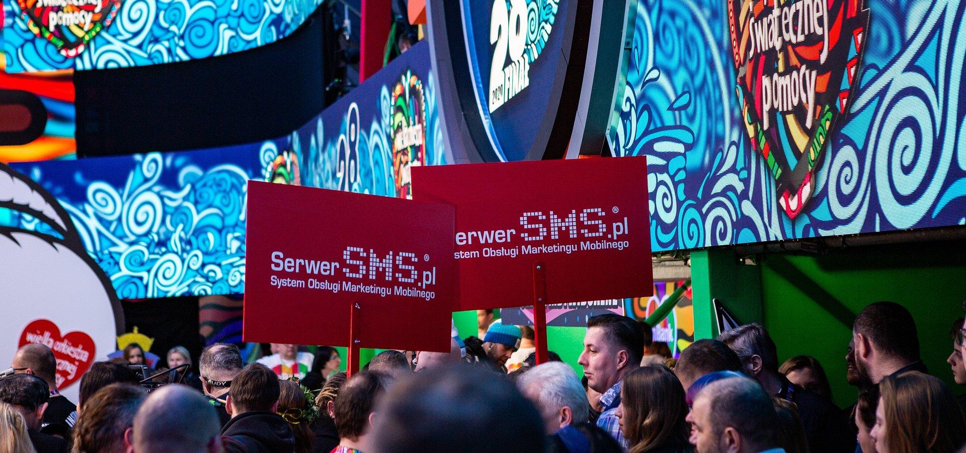 """SMS-y na rzecz NGO, czyli """"Jasna strona komunikacji"""" w służbie WOŚP"""