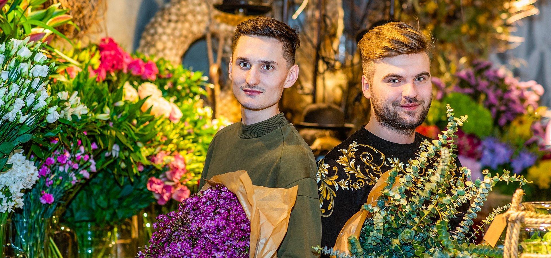 Badyle zazielenią się w Browarach Warszawskich. Wyjątkowe miejsce z kwiatami, sztuką i pyszną kawą zagości w Warszawie.
