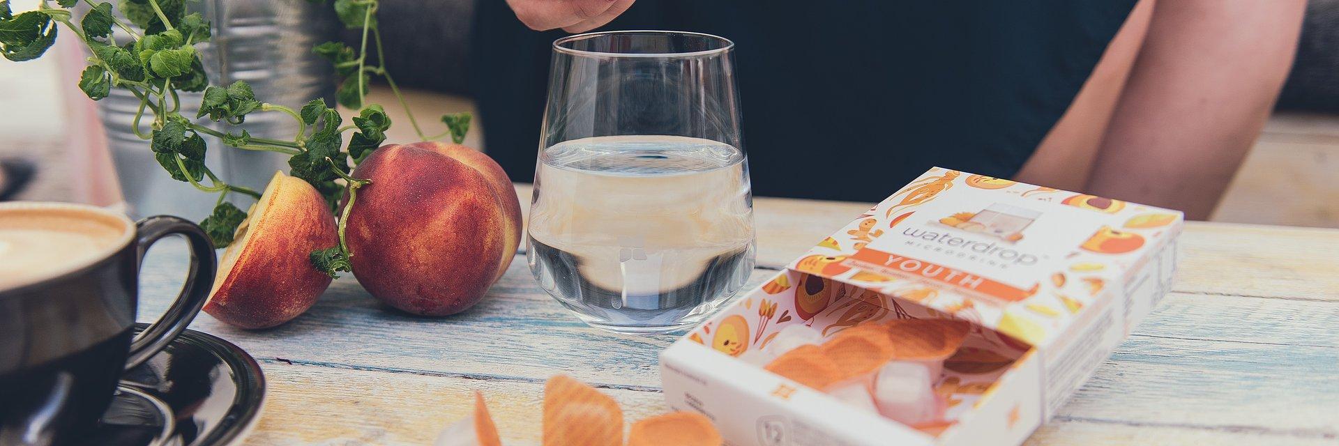 Picie wody w trakcie diety – dlaczego warto o nim pamiętać?