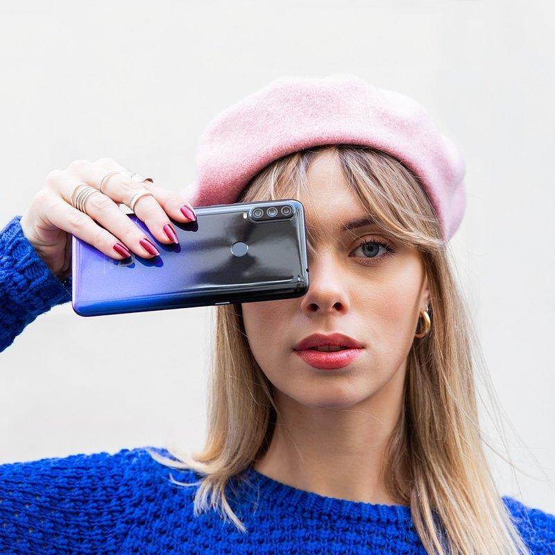Smartfon – przedmiot codziennego użytku, a może modny gadżet?
