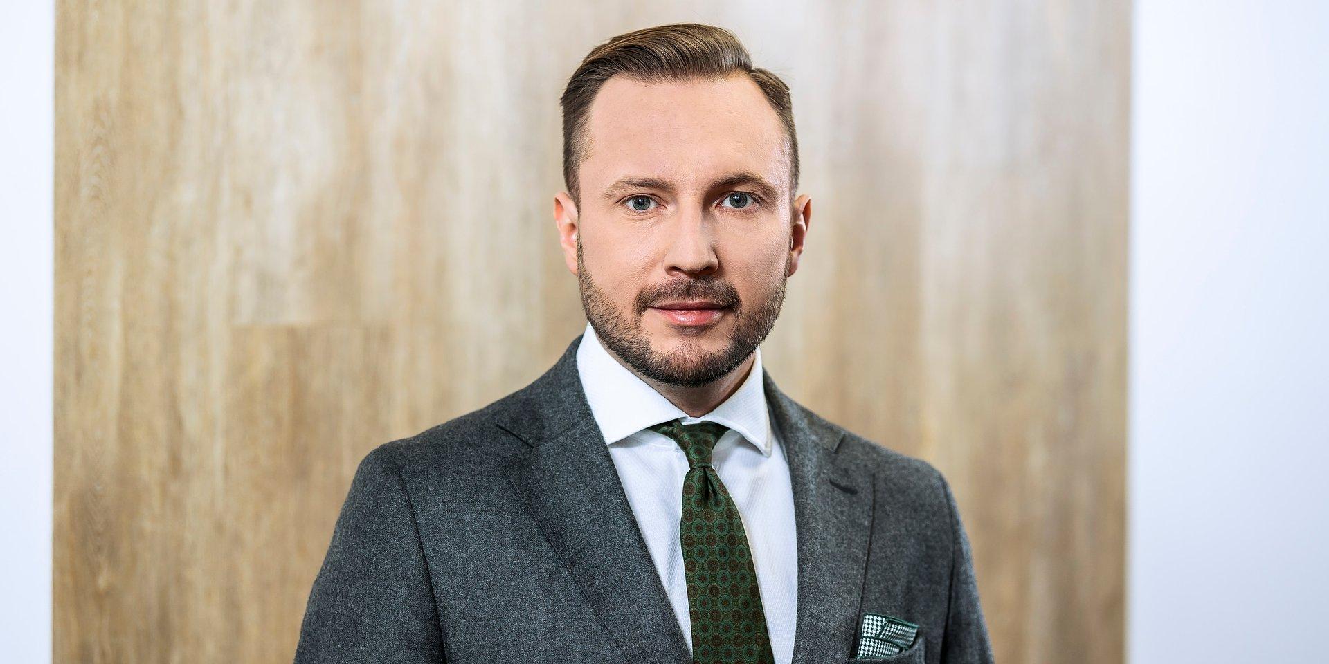 marketing polityczny, PR: Michał Raszka