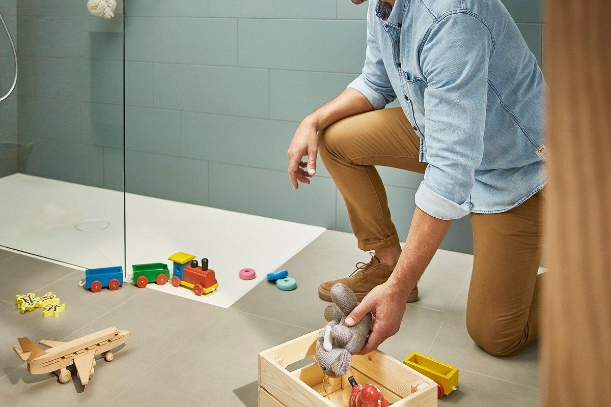Rewolucja w brodzikach Cratos z Senceramic®, najbardziej higienicznego materiału ceramicznego.