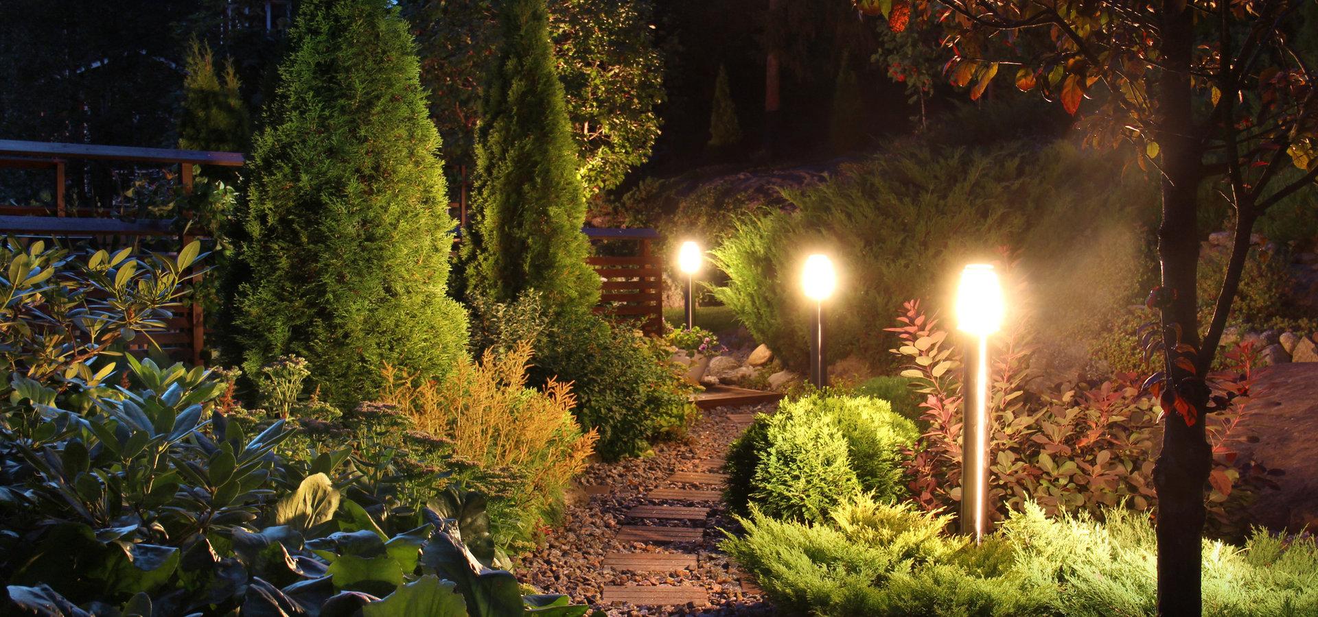 Podświetlane elementy ogrodu