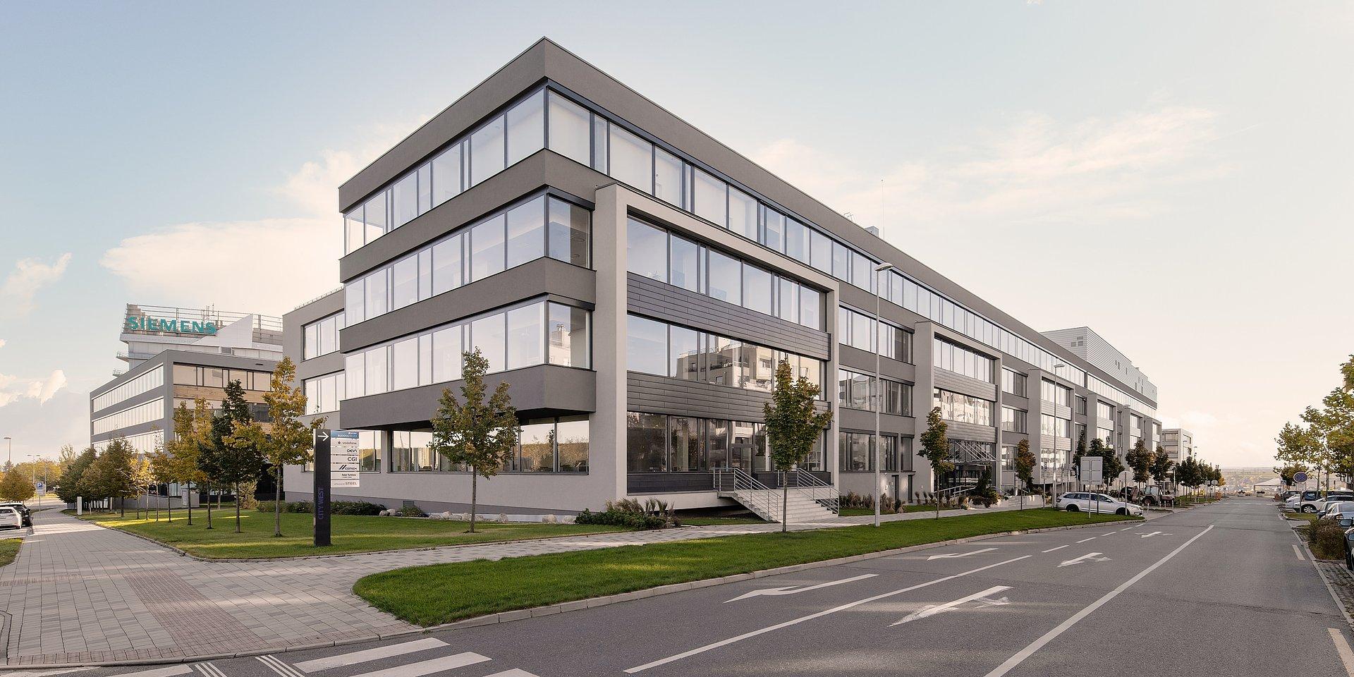 Zprostředkovali jsme bankovní financování dvoumiliardového nákupu budov CITY WEST C1 a C2