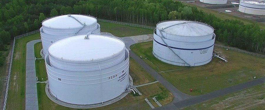 PERN projektuje nowe zbiorniki na paliwa