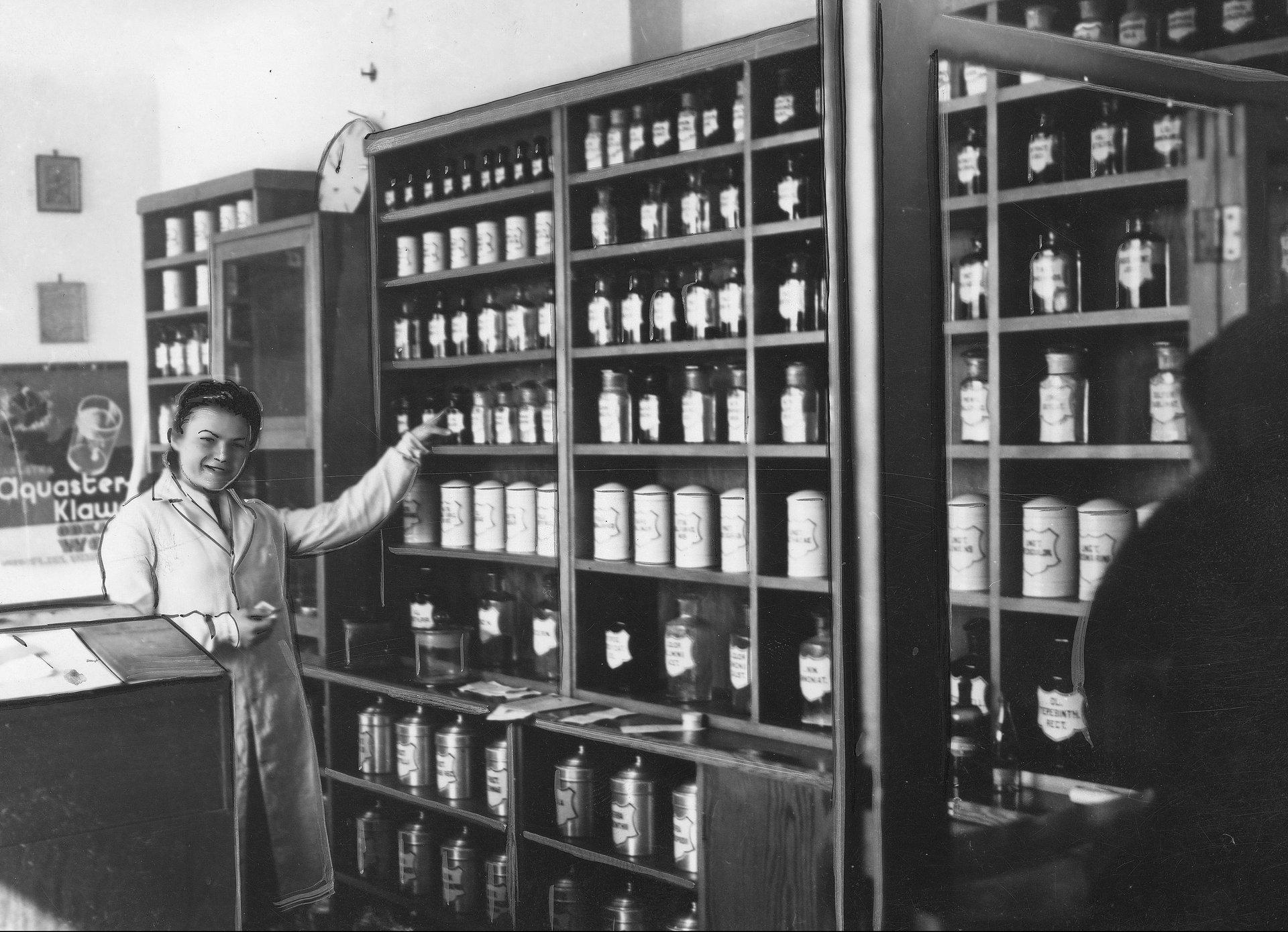 Mechanizmy niszczenia prywatnych aptekarzy przed 1951 r.