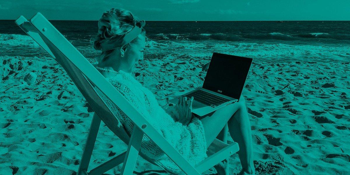 Polacy pracują nawet na wakacjach