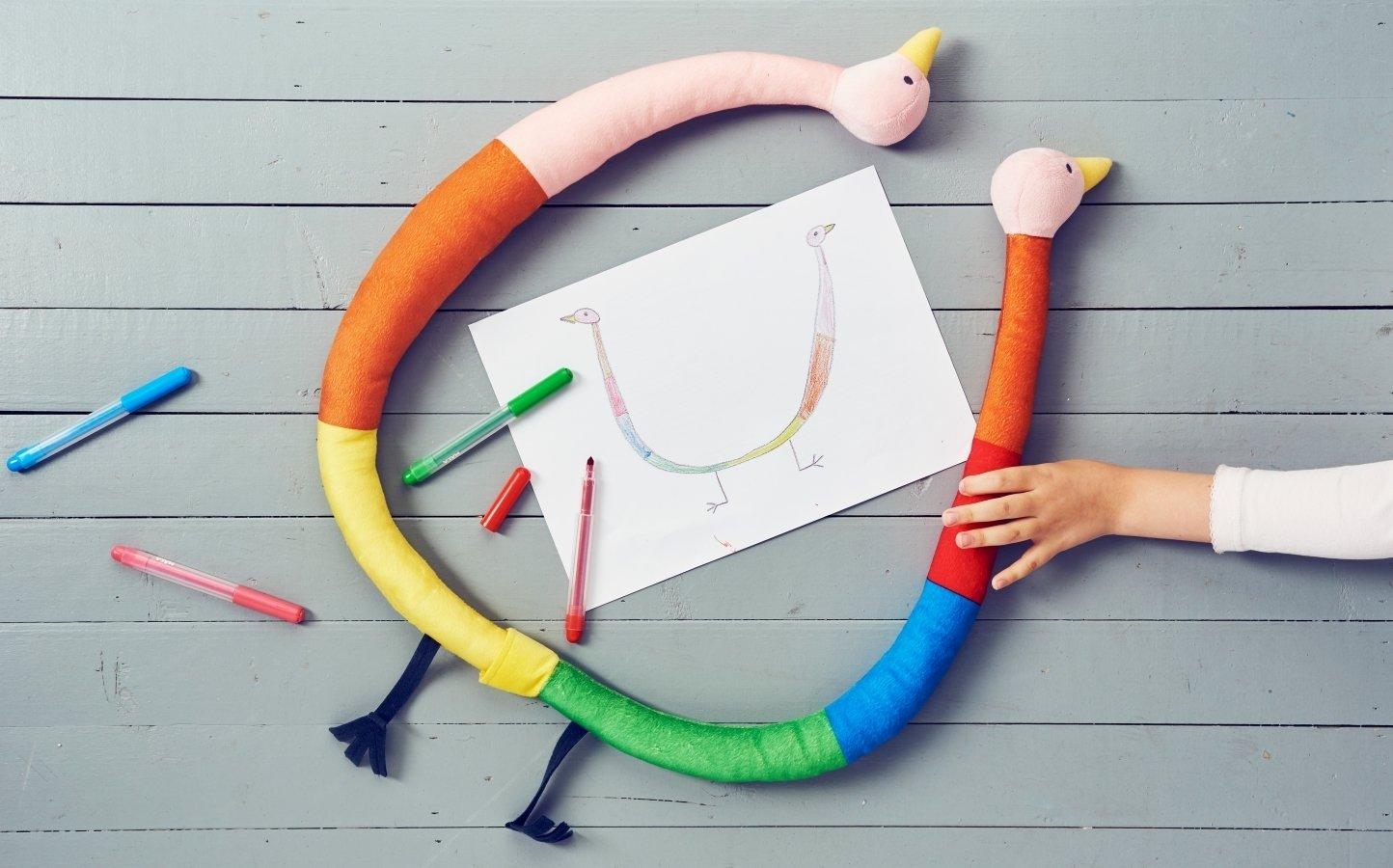 Zaprojektowane przez dzieci dla dzieci  Nowa kolekcja pluszaków IKEA wspiera prawo najmłodszych  do zabawy i rozwoju