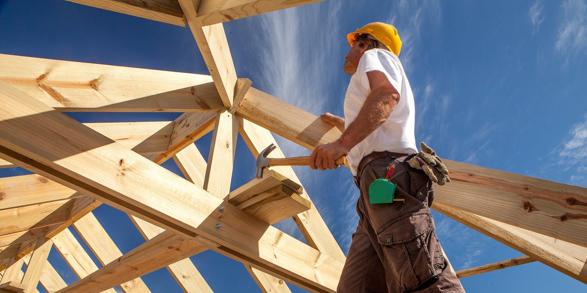 Rynek pracy powoli się podnosi