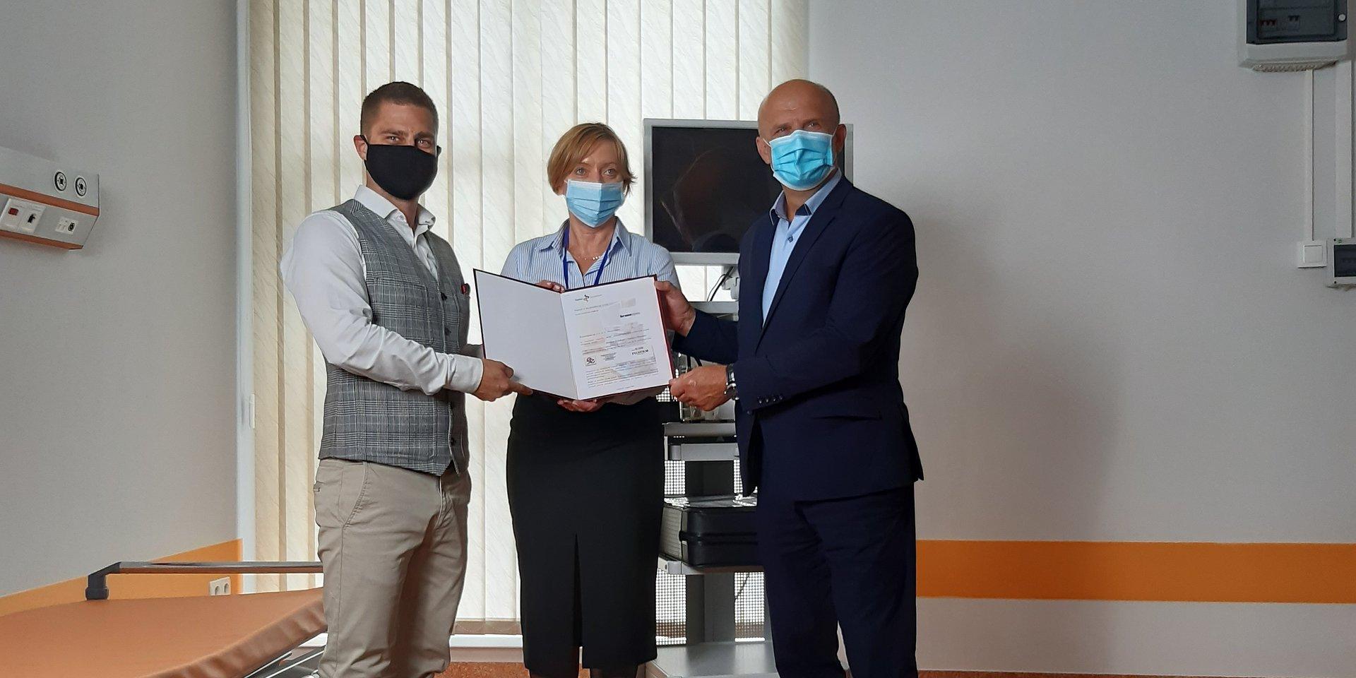 Kronospan wspiera szpital w Szczecinku