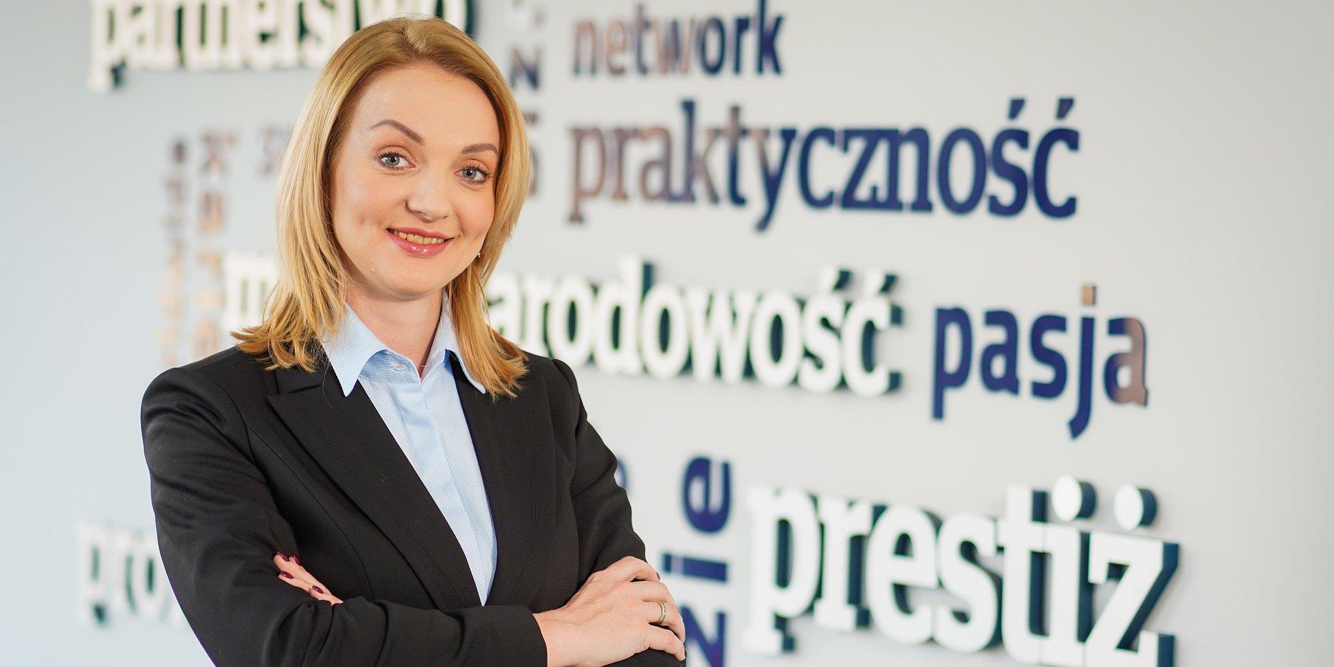 ekonomia: dr Agnieszka Gawlik