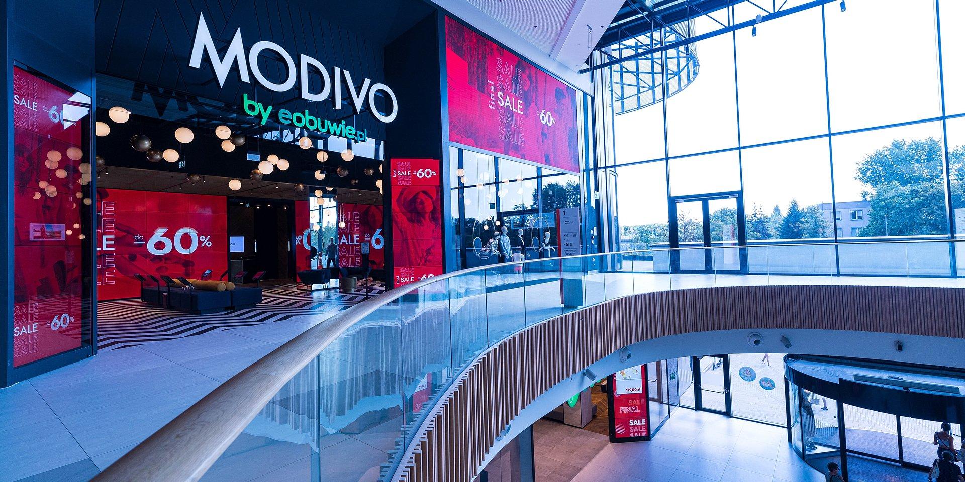 Pierwszy sklep stacjonarny MODIVO, czyli standard zakupów modowych na nowo