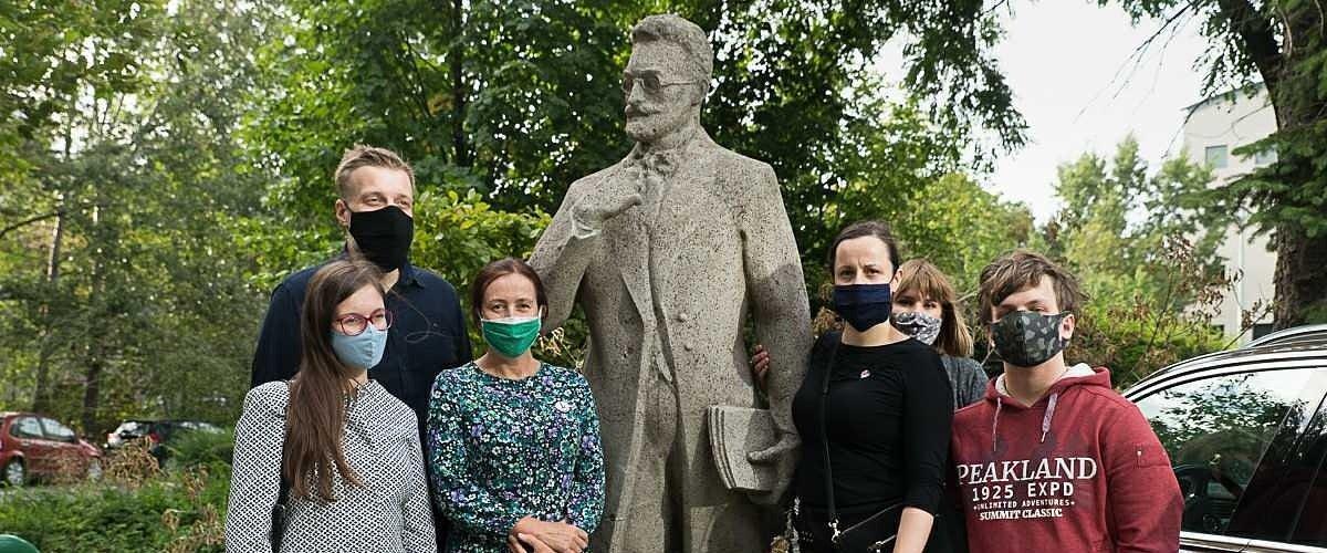 Działacze Lewicy Razem upominają się o zapomniany pomnik