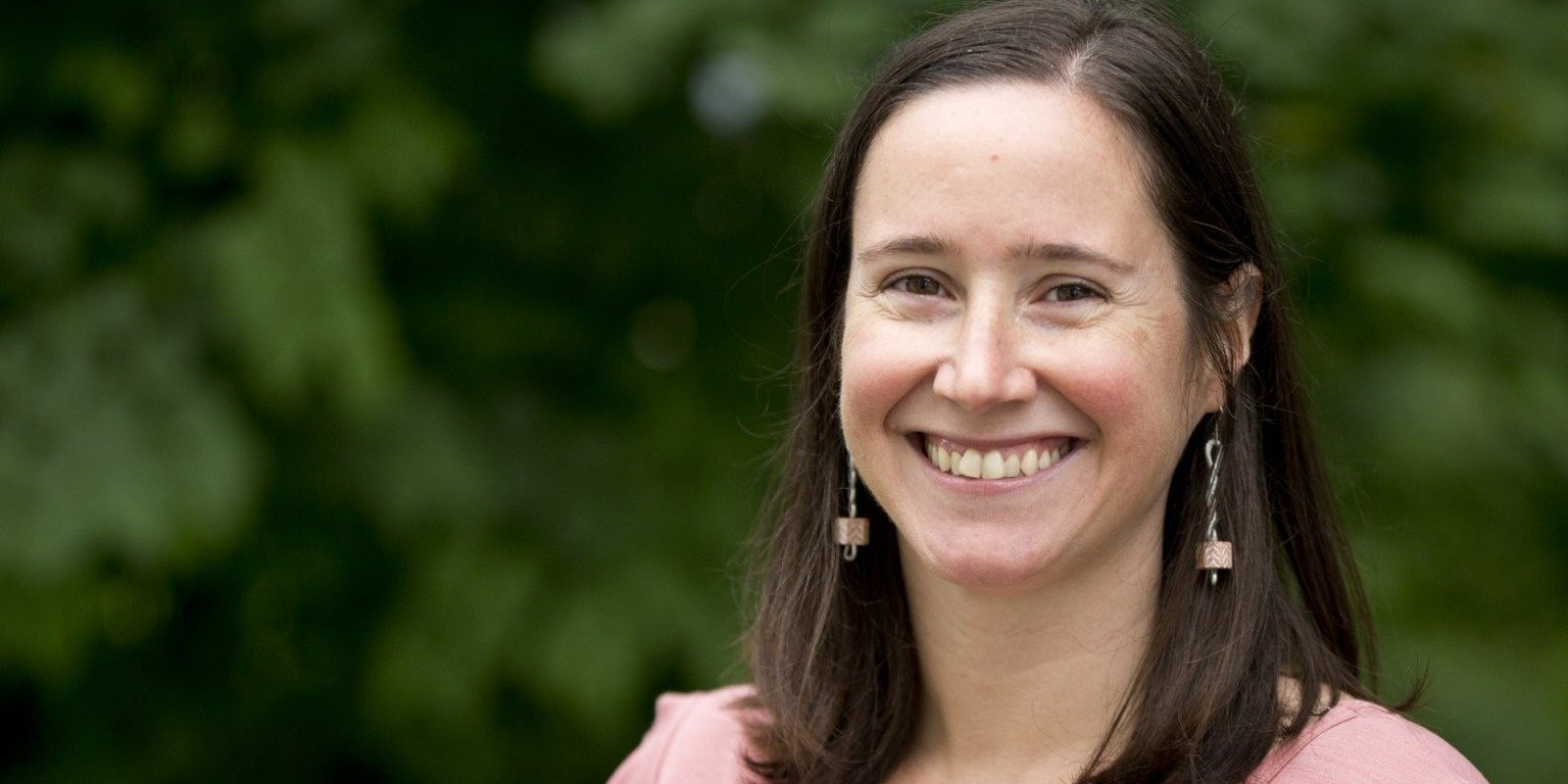 Professor Adriana Salerno launches PIC Math Course at Bates College