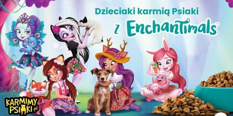 Dzieciaki karmią Psiaki z Enchantimals