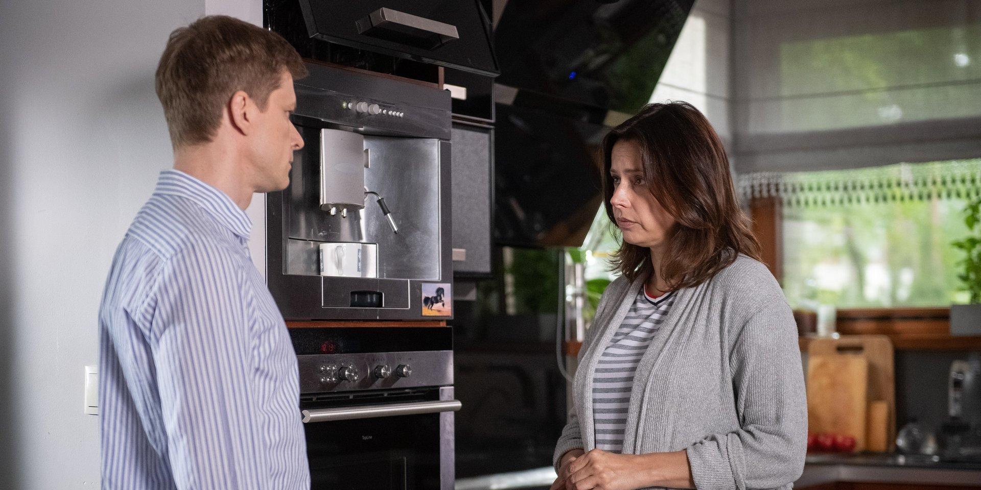 Na Wspólnej: Robert ponownie zawodzi, a Agnieszka podejrzewa, że jest oszukiwana!