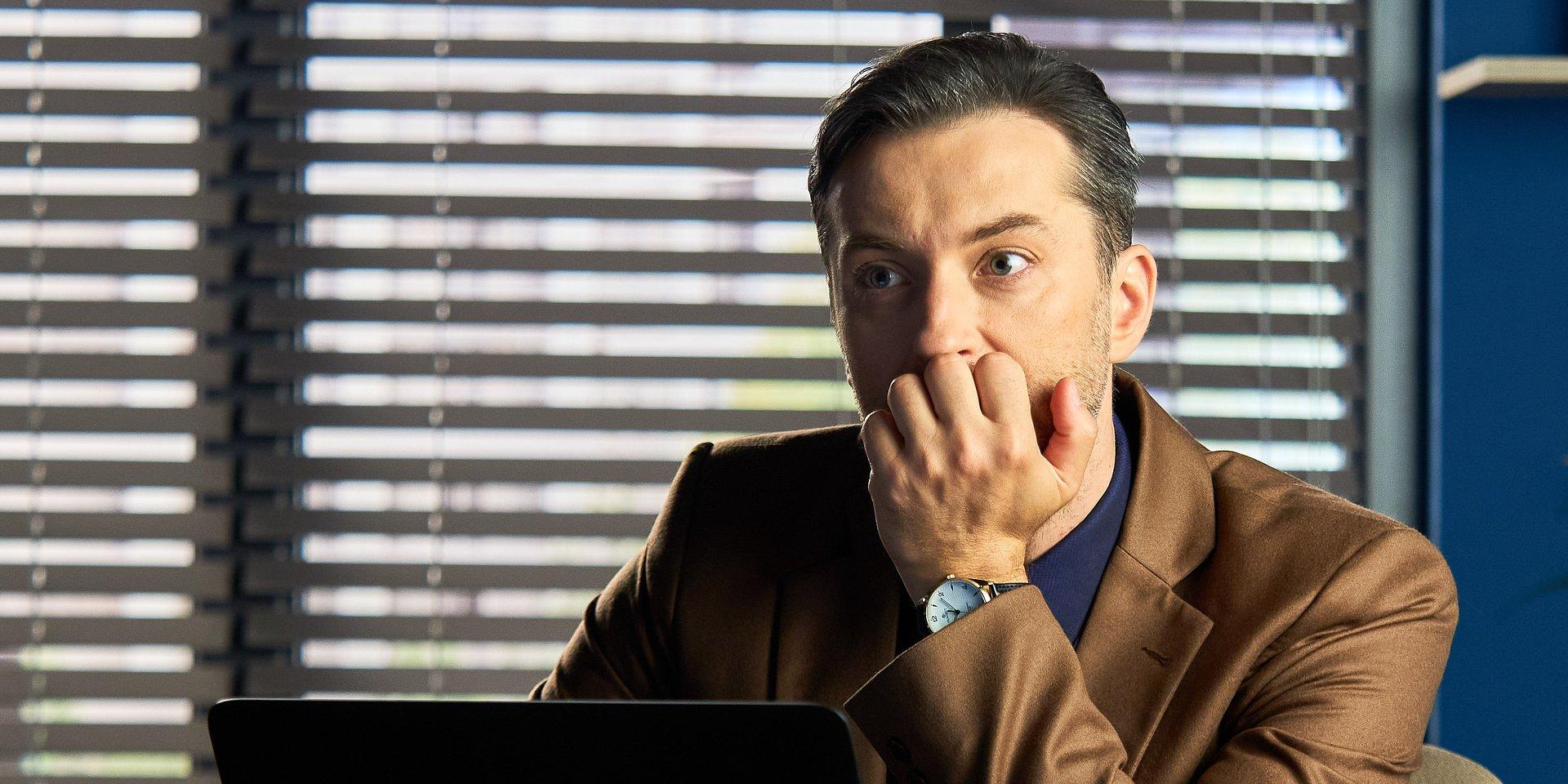 BrzydUla: Marek wpada na pomysł, jak ratować firmę!