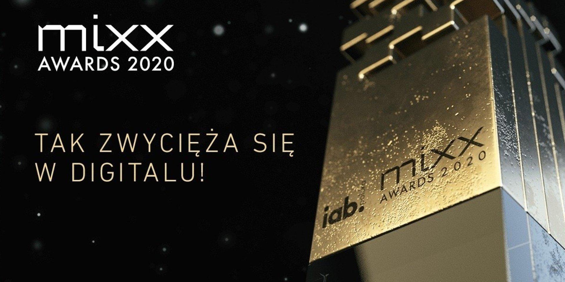 """""""Bank zielonych zmian"""" ze srebrną statuetką MIXX Awards 2020"""