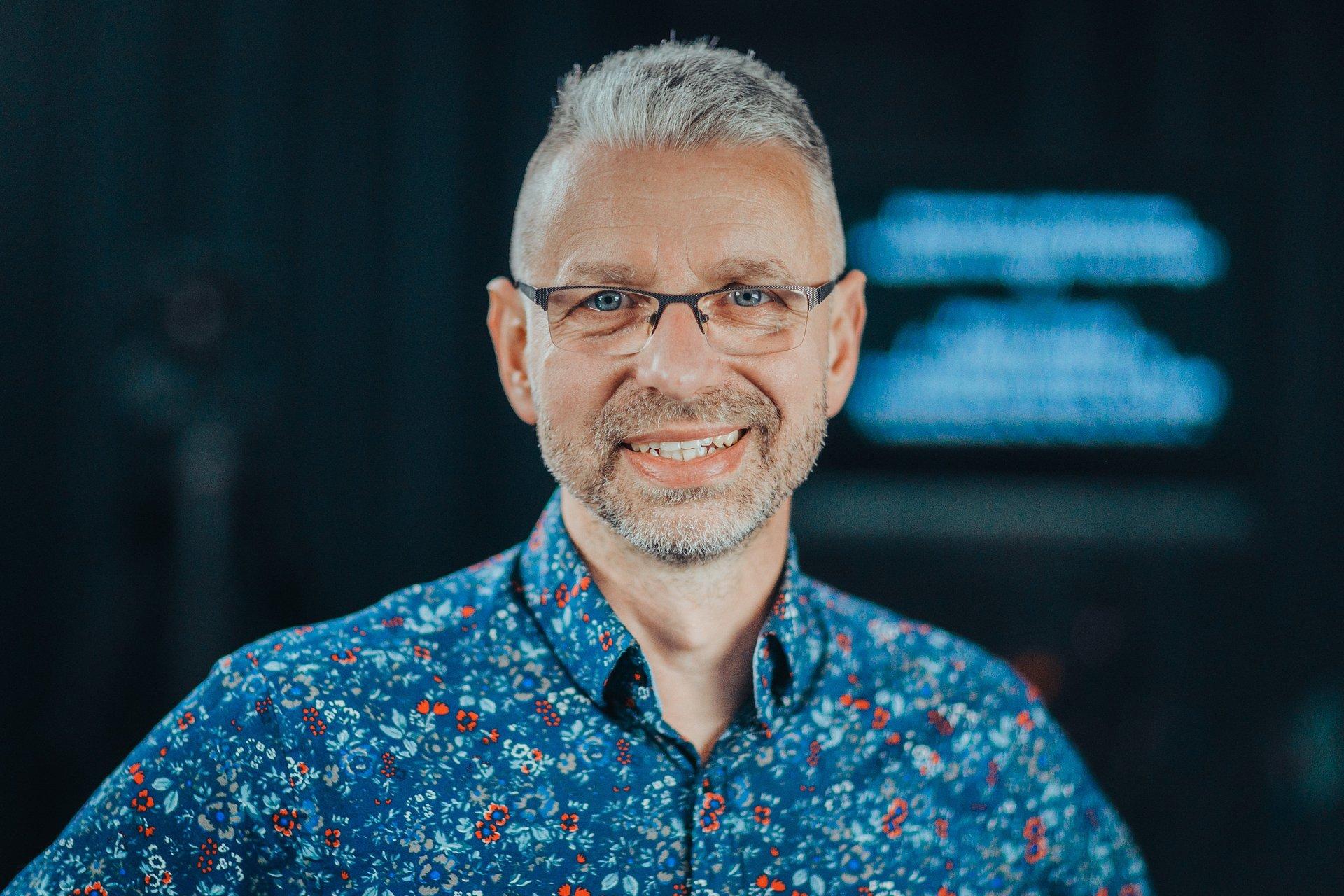 E-learning/ Nowoczesne technologie w nauczaniu: dr Mirosław Zientarski