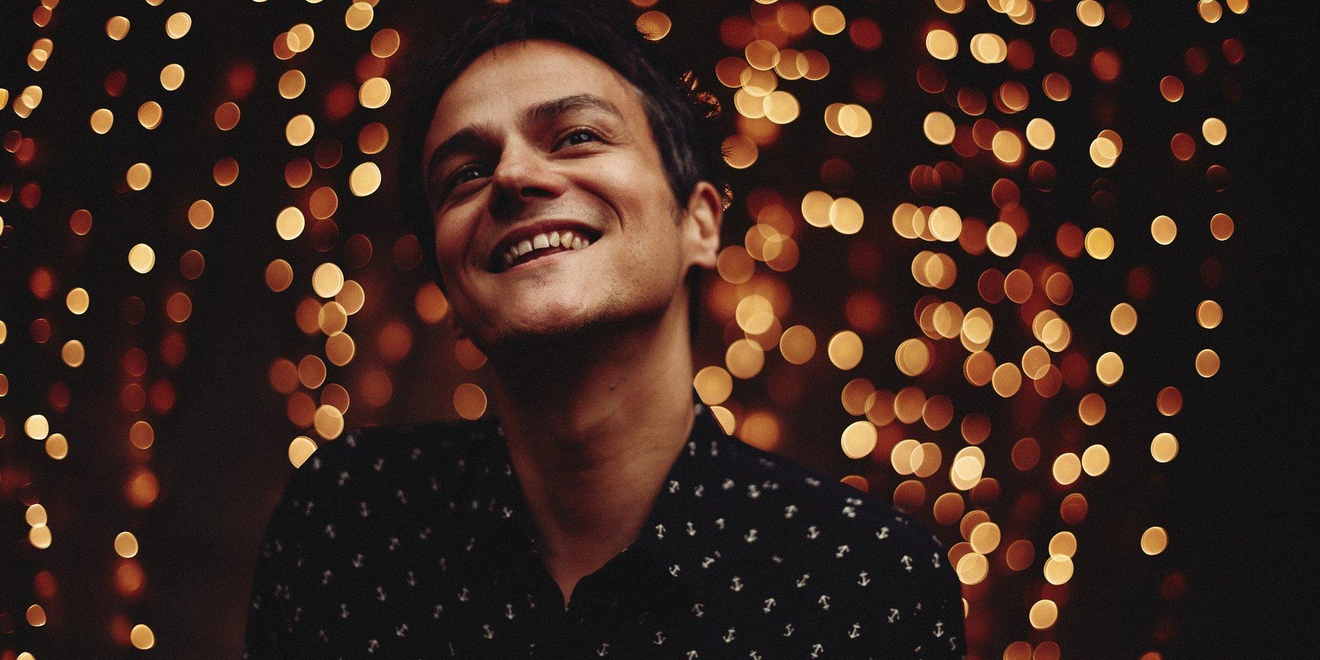Jamie Cullum włącza świąteczne lampki
