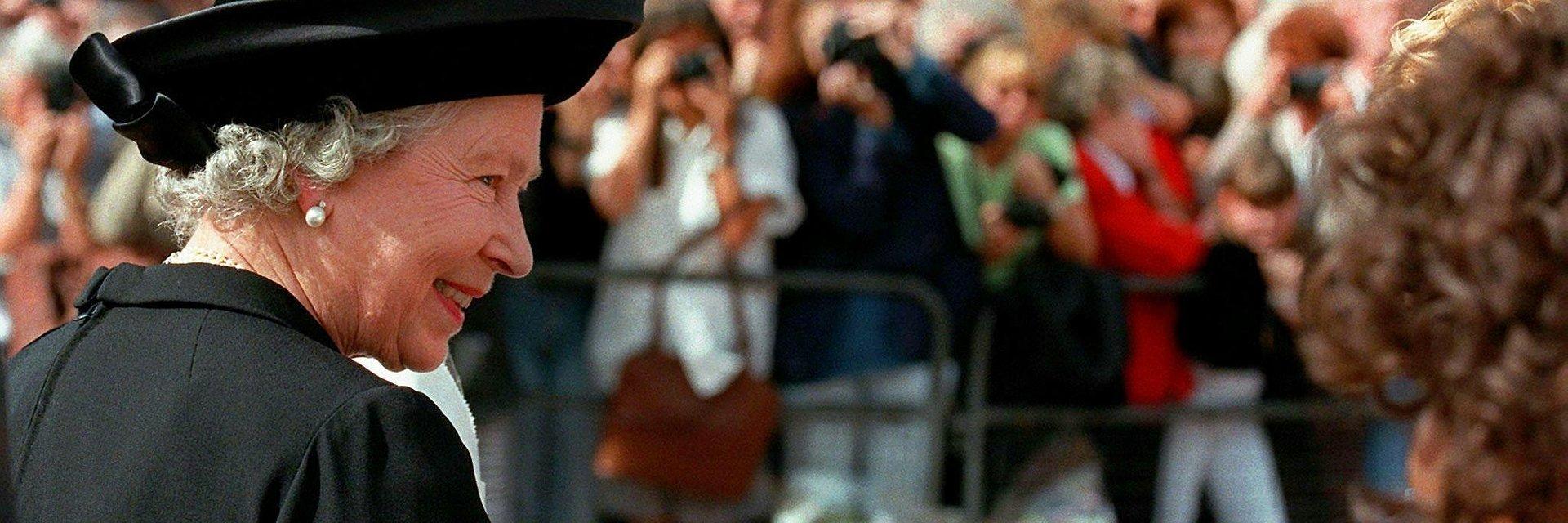 """Co naprawdę oznacza """"Być królową""""? Niepublikowane historie z życia Elżbiety II w najnowszym filmie Toma Jenningsa w National Geographic"""