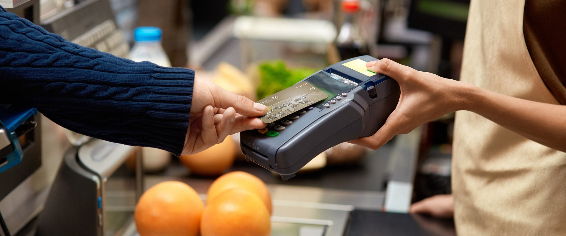 Diners Club Polska wprowadza bezpłatną kartę kredytową z atrakcyjnym oprocentowaniem - 5,76 proc. w skali roku