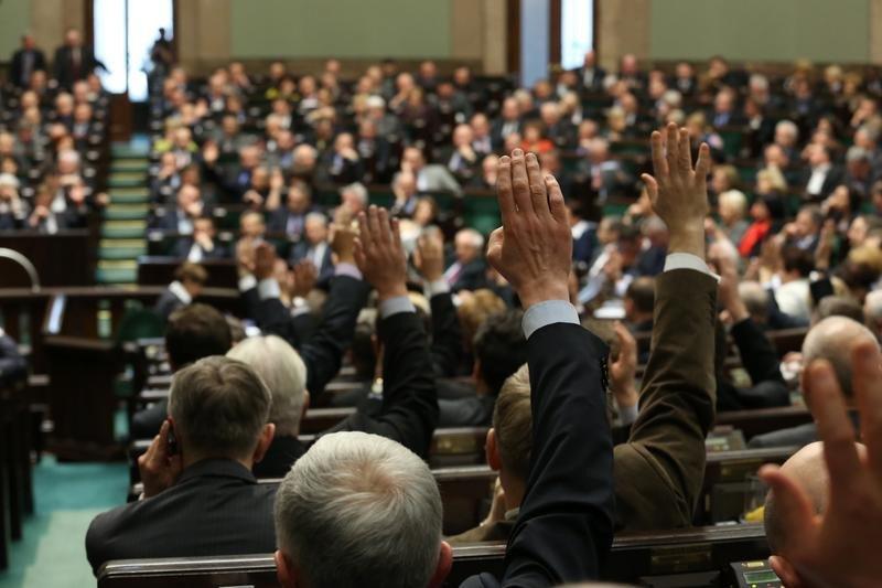 Sejm przyjął ustawę o zawodzie farmaceuty!