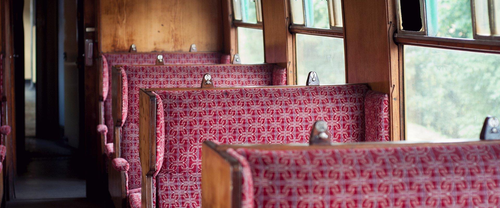 MaiaShopping recebe exposição MEMÓRIAS DA MAIA – Transporte sobre carris
