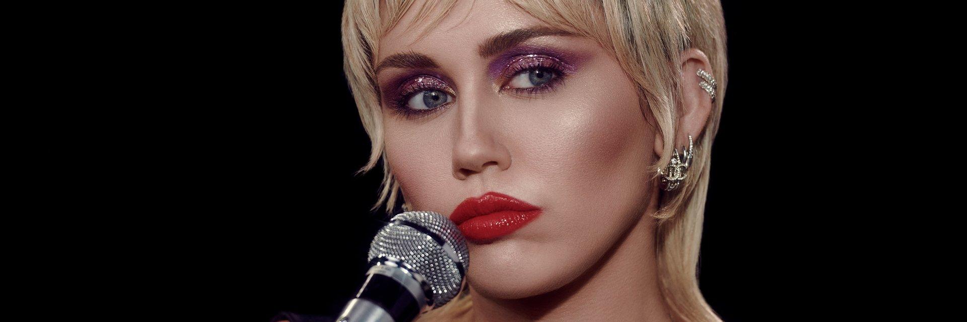 Miley Cyrus oraz… Stevie Nicks w nowej wersji Midnight Sky!