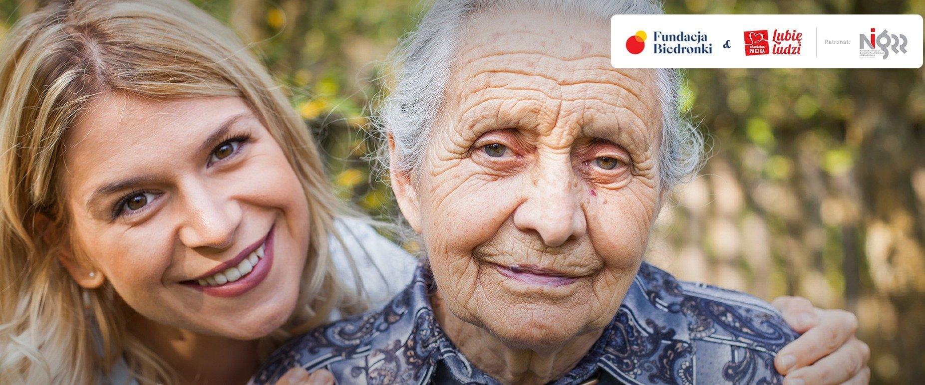Praktyczny przewodnik i szkolenia dla opiekunów seniorów od Fundacji Biedronki i Szlachetnej Paczki