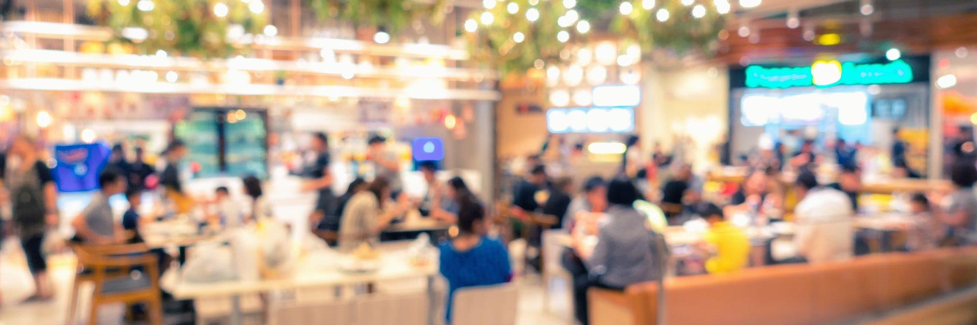 Usługi i rozrywka w centrach handlowych straciły połowę obrotów, co dalej z branżą retail?