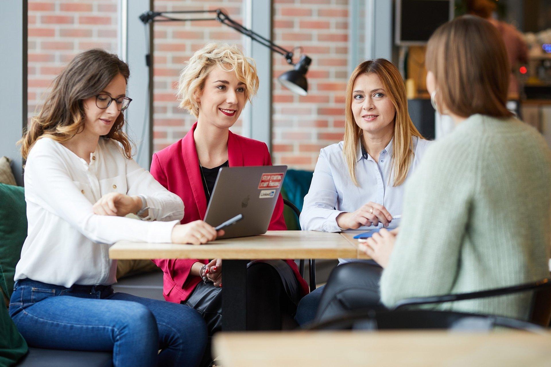 Eksperci WSB pomogą młodym przedsiębiorcom