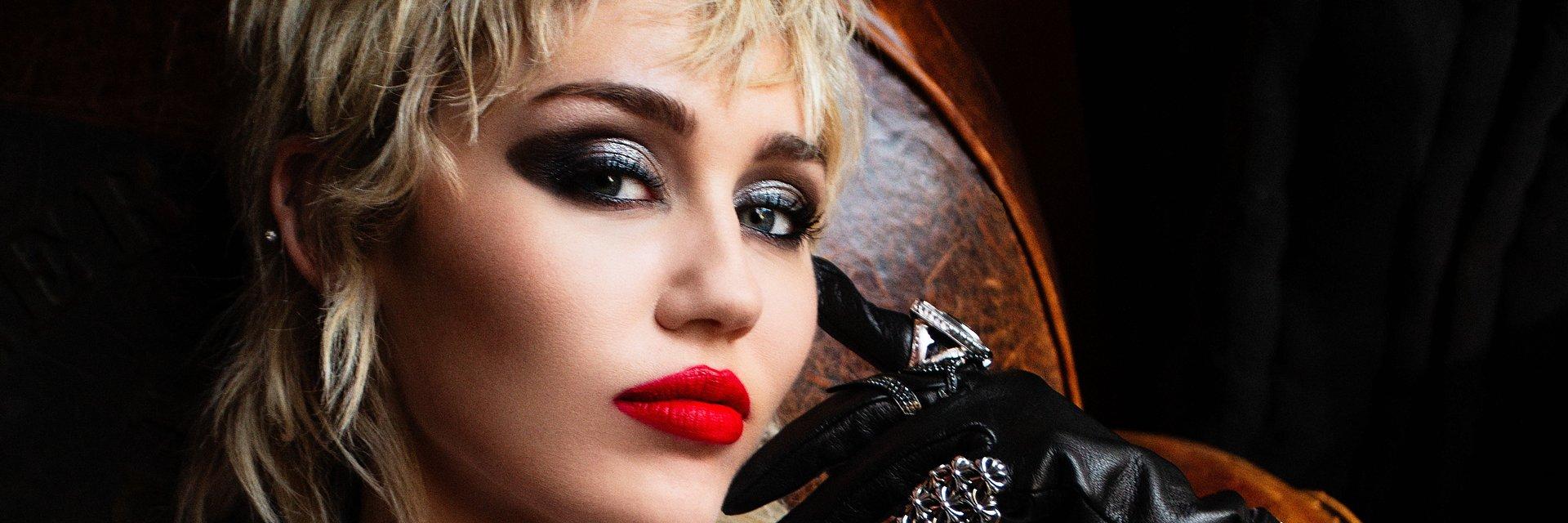 """Nowy album Miley Cyrus """"Plastic Hearts"""" już dostępny!"""