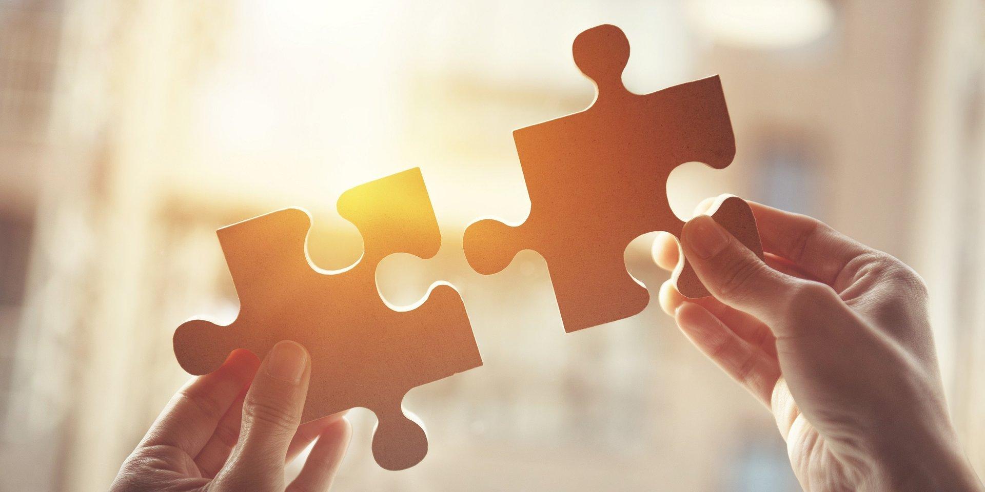 Europa rozpoczyna współpracę z UnilinkCash i Ocenapolis.pl
