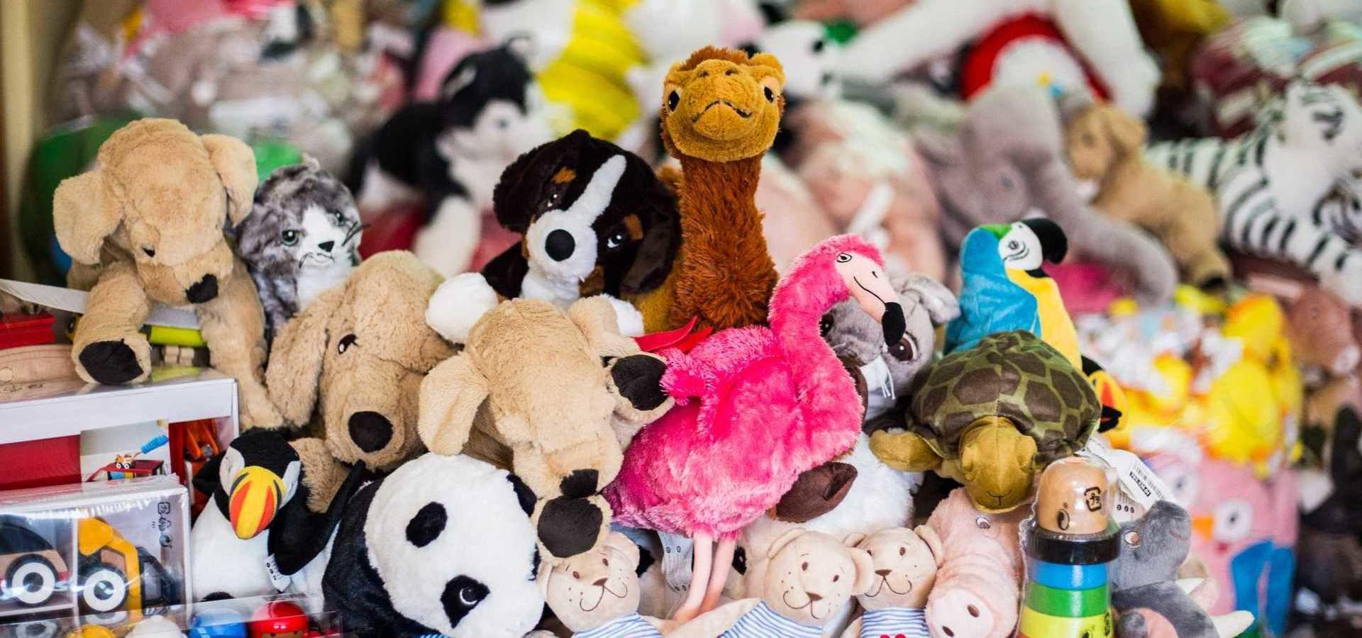 Prawie 2 300 pluszaków i zabawek dla małych pacjentów