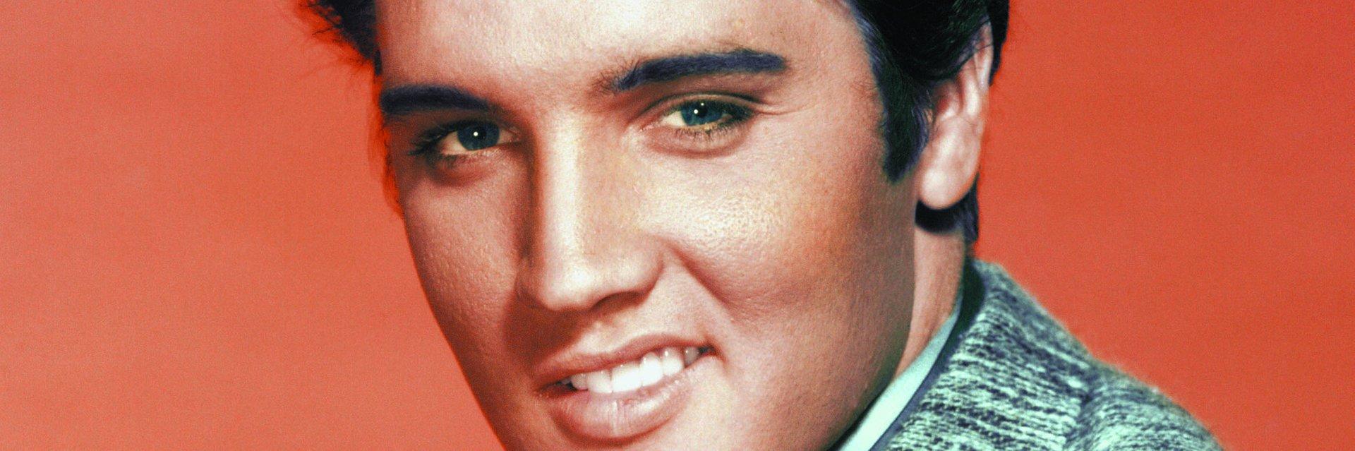 """Pierwszy oficjalny teledysk """"Blue Christmas"""" Elvisa Presleya"""