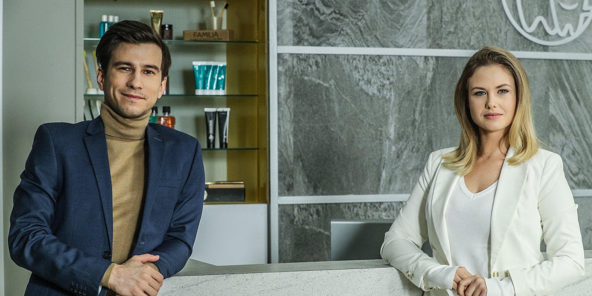 """Piąty sezon serialu """"Zakochani po uszy"""" już 4 stycznia na antenie Siódemki!"""