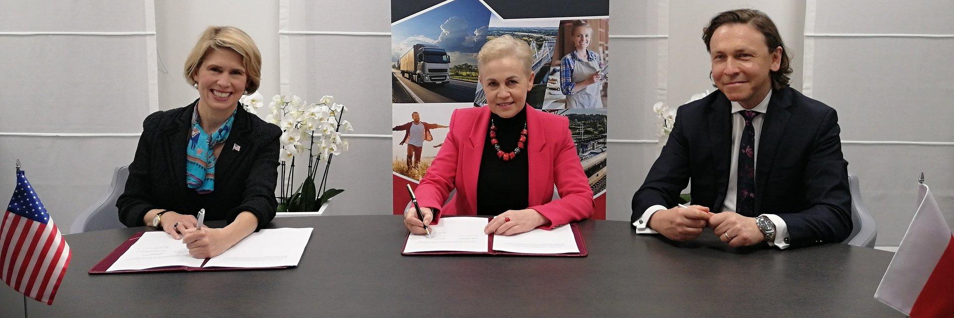 Większe możliwości wsparcia polskich eksporterów na amerykańskim rynku.