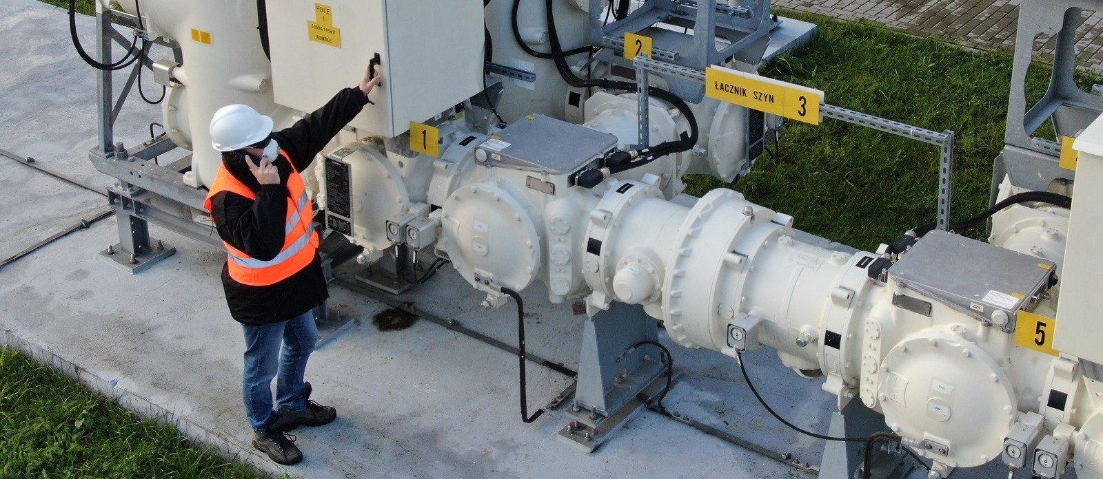Jeden z czterech największych polskich dystrybutorów energii elektrycznej Energa Operator SA korzysta z cyfrowej sieci radiowej TETRA firmy Motorola Solutions.