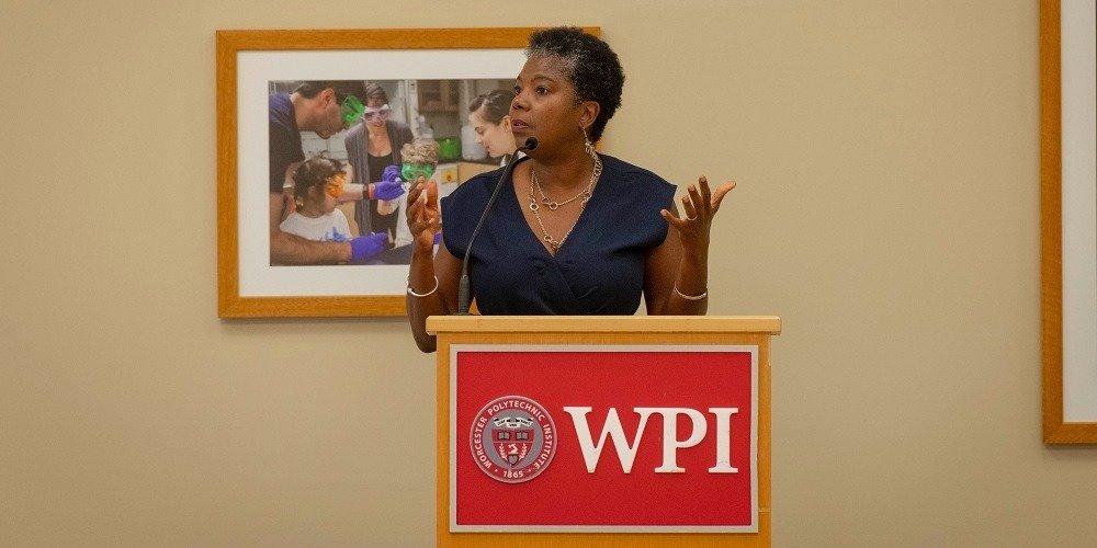WPI Mathematician Receives Prestigious Teaching Award
