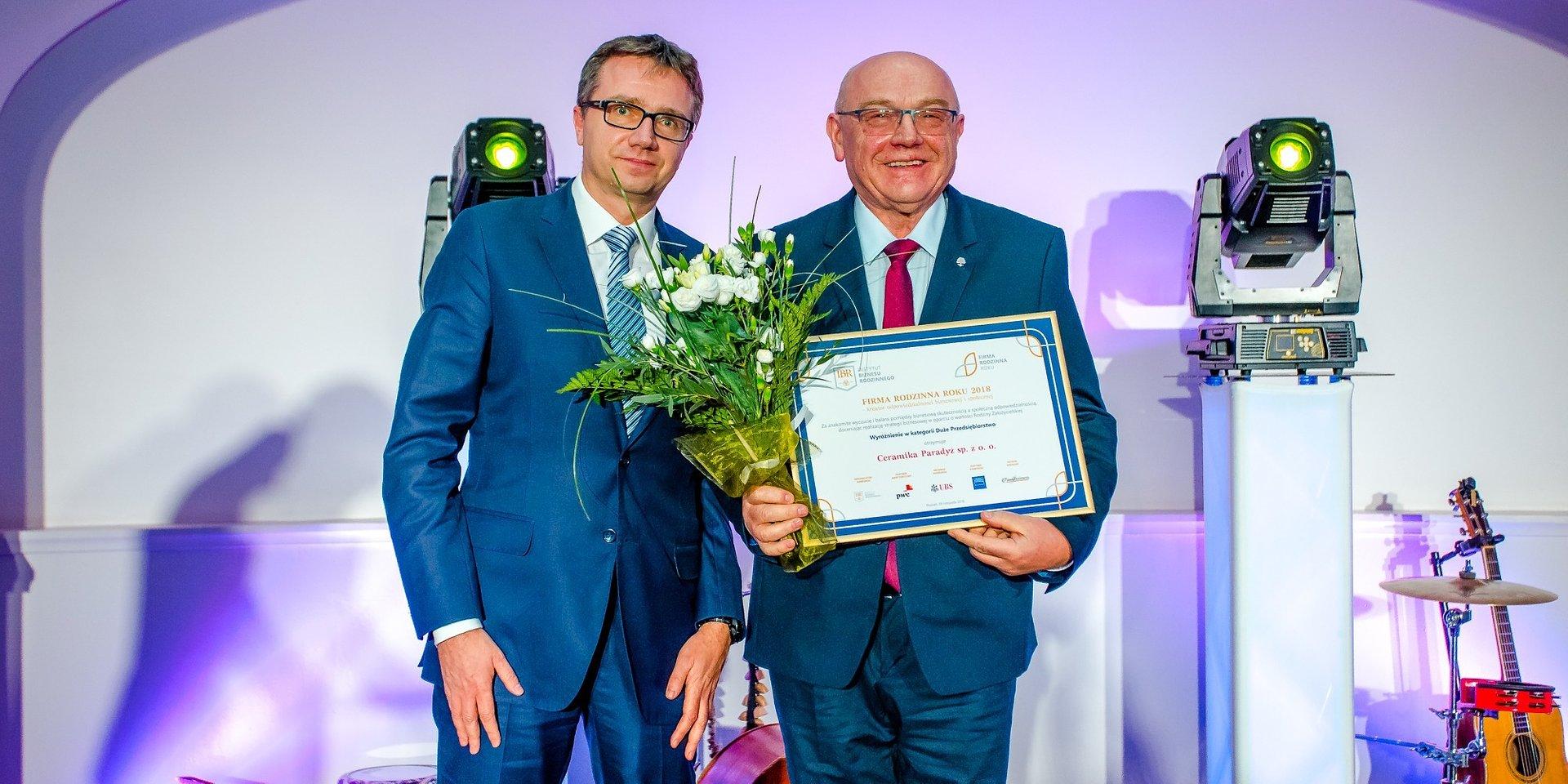 """Ceramika Paradyż uhonorowana nagrodą """"Firma Rodzinna Roku 2018"""""""