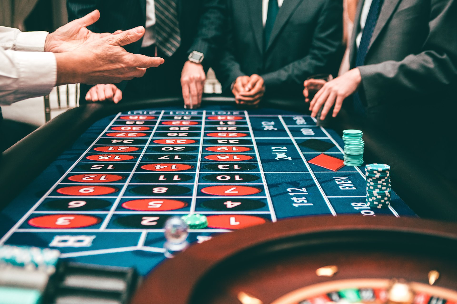 Casinos Can Incorporate Digital Signage, Short-form Content