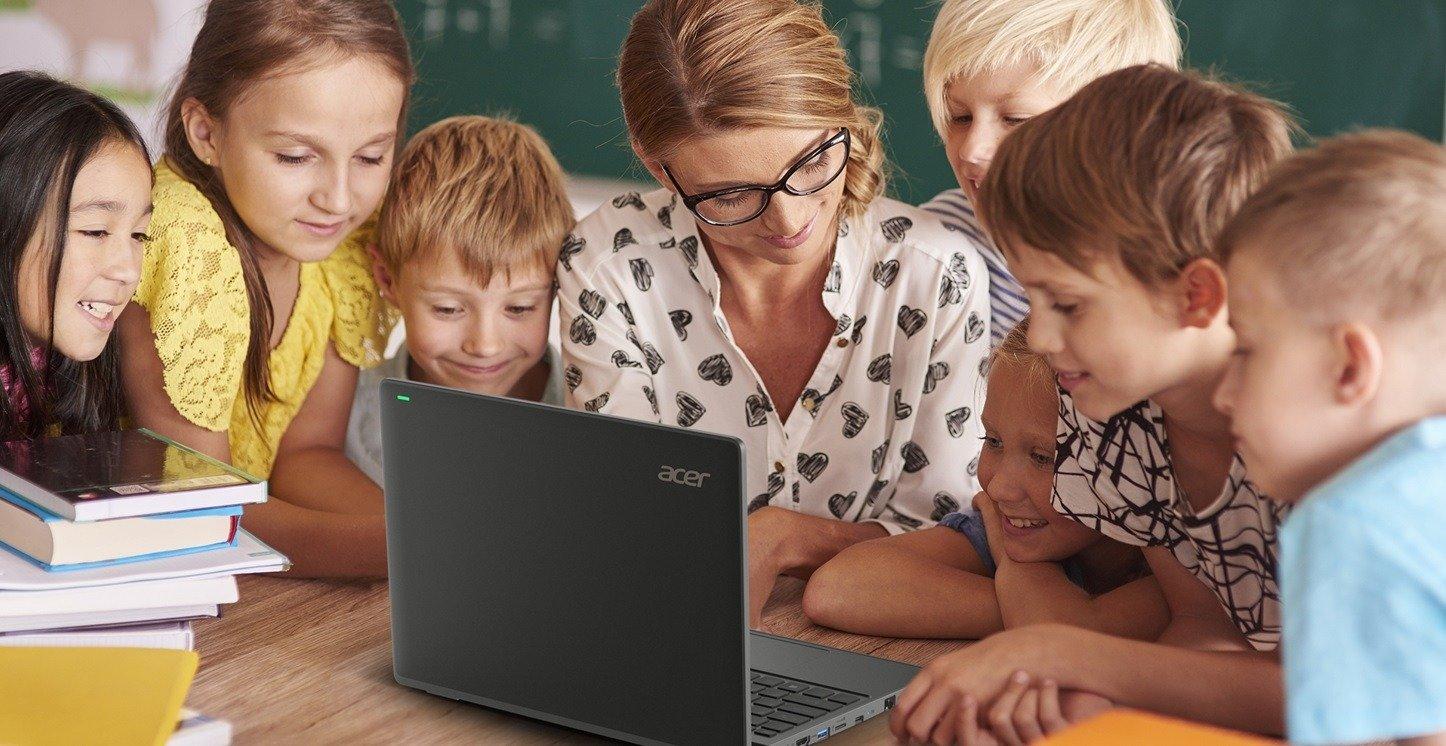 Acer TravelMate B3 – wytrzymały notebook dla uczniów