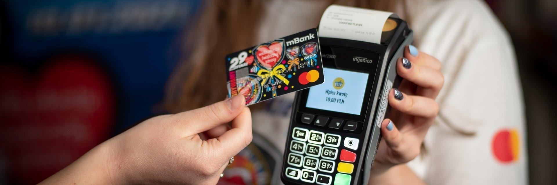 W sklepach można Żabka wspierać WOŚP płacąc kartą!