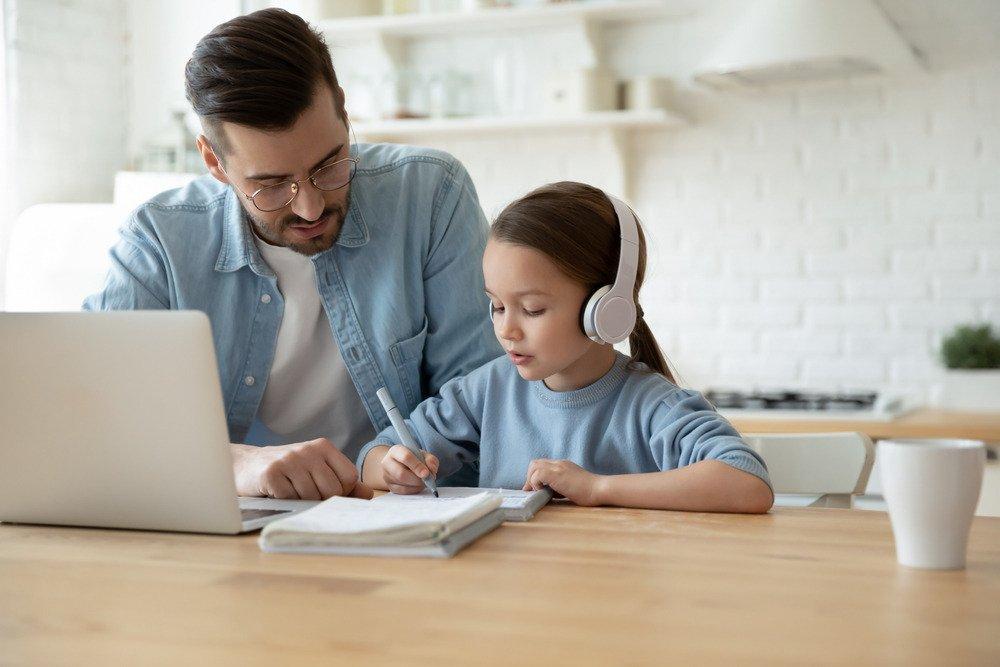 Pokolenie mp3 – coraz więcej osób z niedosłuchem. Winne słuchawki?