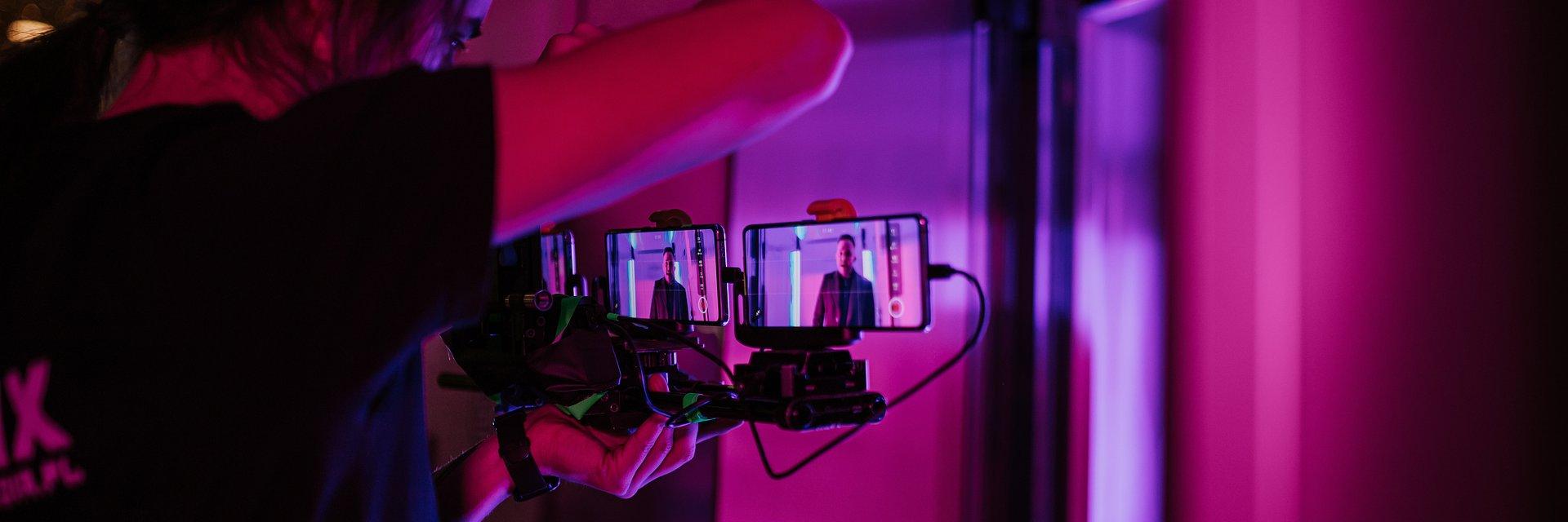 Ten Typ Mes, Gverilla i OPPO witają nowy rok singlem, do którego teledysk został nakręcony w całości smartfonami OPPO Reno4 Pro 5G.