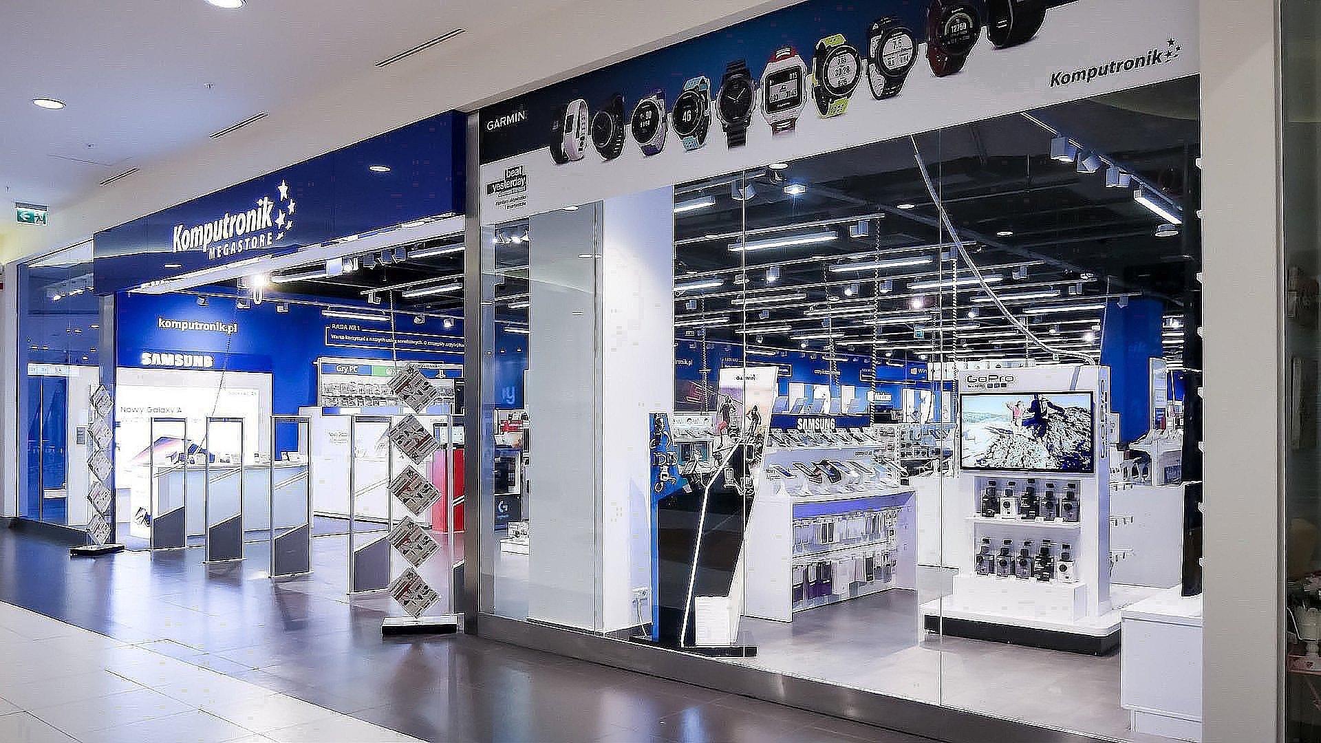 Komputronik otwiera salony w galeriach handlowych