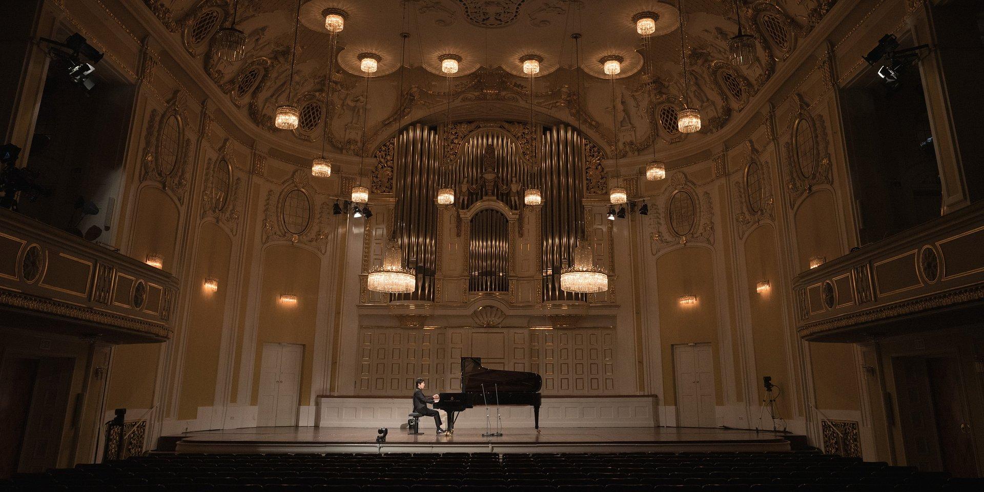 Seong-Jin Cho prezentuje niedawno odkryty utwór Mozarta