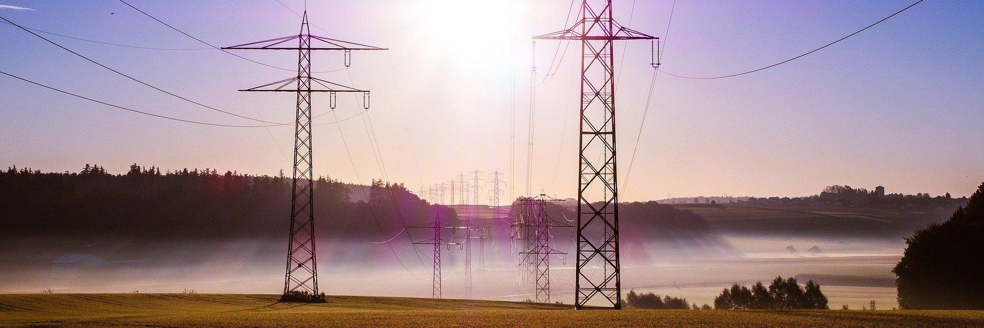Ceny prądu wzrosną przez opłatę mocową! Czym jest i jak zapobiec podwyżkom?